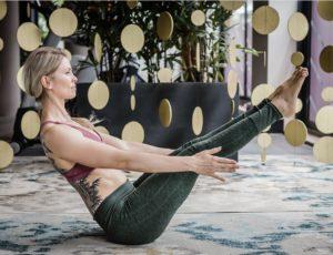 Yoga thuis: oefeningen en poses
